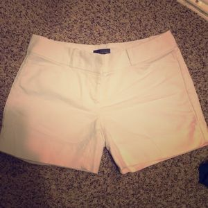 Limited Sz 0 white dress shorts